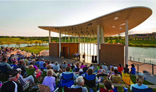 town_green_maple_grove_mn_concerts_640_380auto.jpg